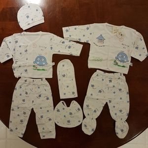 NEW 0-3 MONTH INFANT CLOTHING SET NEWBORN